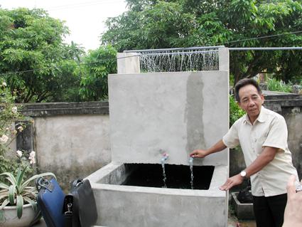 Cách làm giàn phun mưa cho bể chứa